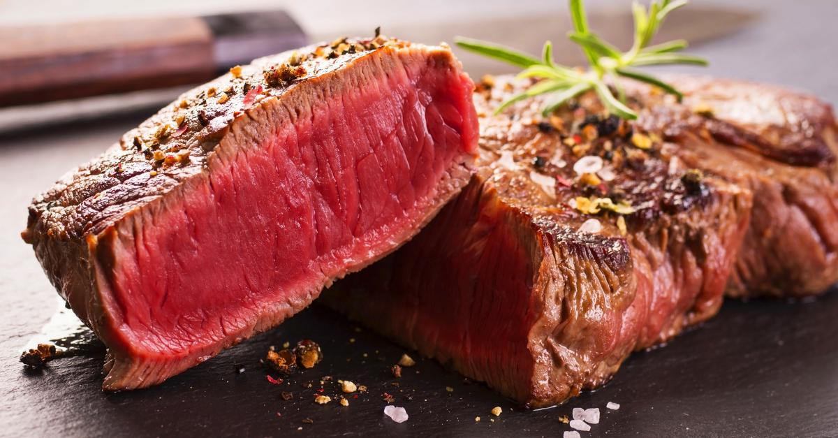 Pentru longevitate, evitați consumul de carne roșie